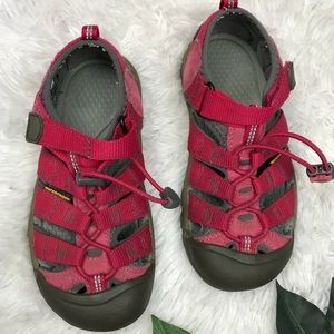 Kids keen water hiking sandals shoes size 2